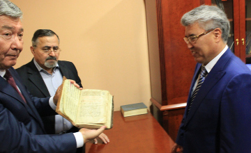Kazakh scientists to study archives of Armenia's ancient manuscripts institute