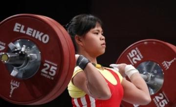 Зүлфия Чиншанло әлем рекордын жаңартып, алтынға қол жеткізді