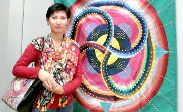 S Kazakhstani designer creates 3D felt pictures