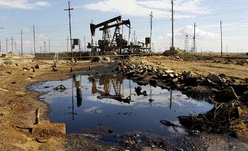 Brent маркалы мұнай бағасы 2009 жылдың шілдесінен бері алғаш рет 63 доллардан төмендеді