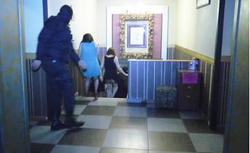 Алматы полициясы «Бизнес клуб» аталып келген жезөкшелер ордасын әшкереледі (ФОТО)