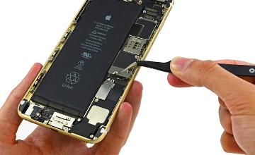 Skoltech researchers develop nanocarbon material for touchscreen
