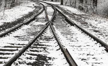 Три вагона с серной кислотой сошли с рельсов в Жамбылской области