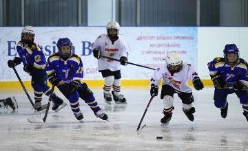 Өскеменде хоккейден балалар мен жасөспірімдердің командалары арасында ҚР Әлем чемпионатының ІІ-ші кезеңі басталды