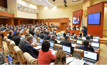 Мажилис одобрил в первом чтении законопроект, предусматривающий три способа долевого строительства