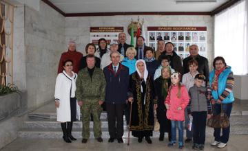 Дочь казахстанского воина отправилась в Беларусь, чтобы поблагодарить поисковика, нашедшего место захоронения ее отца (ФОТО)