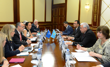 Kazakh Majilis Speaker receives NATO PA delegation