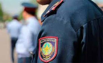 В Алматы ищут человека, «заминировавшего» ТЦ «Променад»