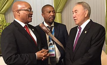纳扎尔巴耶夫总统会见南非总统祖玛