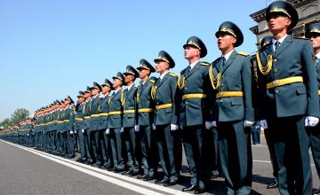 Kazakhstani military students on familiarization tour at West Point, USA