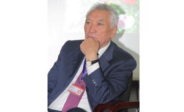 В Алматы скончался известный детский хирург Амангельды Дуйсекеев
