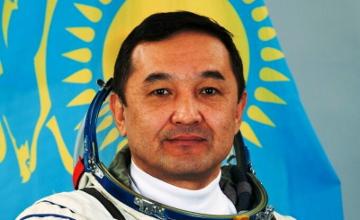 Н. Назарбаев присвоил космонавту Айдыну Аимбетову  звание «Халық қаһарманы»
