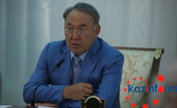 纳扎尔巴耶夫要求各地政府公开透明  对民众坦承直言
