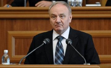 Moldova prezıdenti otstavkaǵa ketýden bas tartty