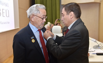 О подвиге первого казахского антрополога Оразака Исмагулова рассказали коллеги и депутаты (ФОТО)