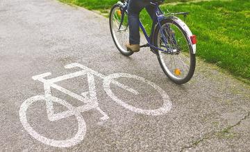В Атырау построили специальную дорожку для велосипедистов