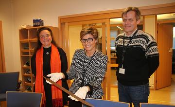 Hiker stumbles upon 'extraordinary' 1,200-year-old Viking sword