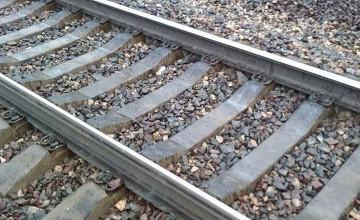 В Атырауской области мужчина, попав под поезд, лишился ног