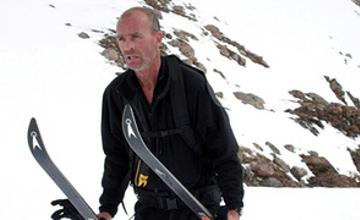 Antarktıdany jalǵyz júrip ótken brıtandyq zertteýshi qaıtys boldy
