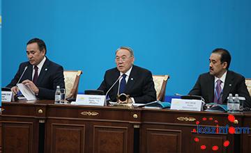 Выборы депутатов в Казахстане должны пройти в соревновательной борьбе - Н.Назарбаев