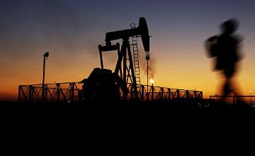 Brent маркалы мұнай баррелінің бағасы 33 доллардан төмен болды