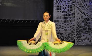В Таразе встретили Новый год по лунному календарю вместе с корейским театром (ФОТО)