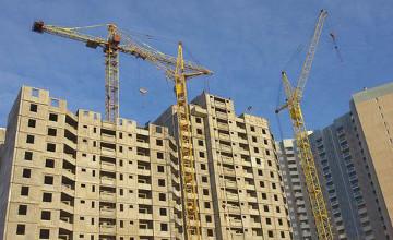 Сенат РК принял закон, минимизирующий риски дольщиков в жилищном строительстве