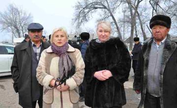 У нас мир всегда был и будет - жители села Бурыл Жамбылской области