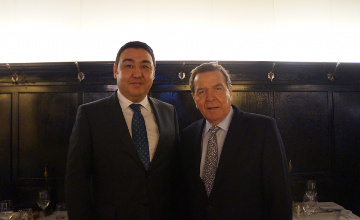 Gerhard Schröder highly appraises Kazakhstan's achievements at international arena
