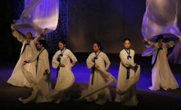 В Корейском театре отметили День благодарности представлением «Жеруйык» (ФОТО)