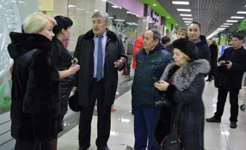 «Ауыл» партиясы Петропавлда коммуналдық базарлар бойынша рейд ұйымдастырды (ФОТО)