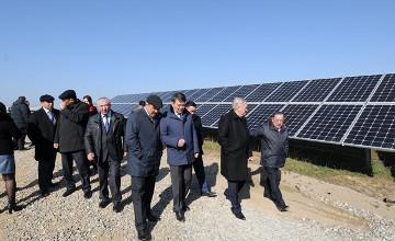Сенаторы ознакомились с проектами в сфере альтернативной энергии в Жамбылской области