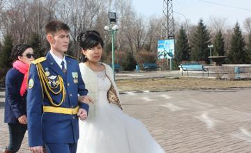 В ВКО молодая пара зарегистрировала свой брак в день выборов (ФОТО)