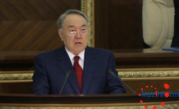 """纳扎尔巴耶夫:""""百步计划""""的实施不容许受到任何因素干扰"""