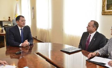 Аким Атырауской области призвал ТШО увеличить долю казахстанского содержания в проектах