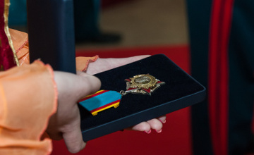Полковнику Серику Султангабиеву вручили орден Бауыржана Момышулы