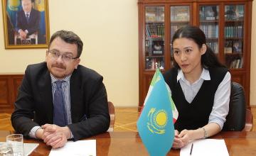 Посол Италии в РК пообещал выучить казахский язык