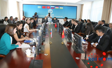 Впервые в истории национальными координаторами ШОС стали школьники (ФОТО)