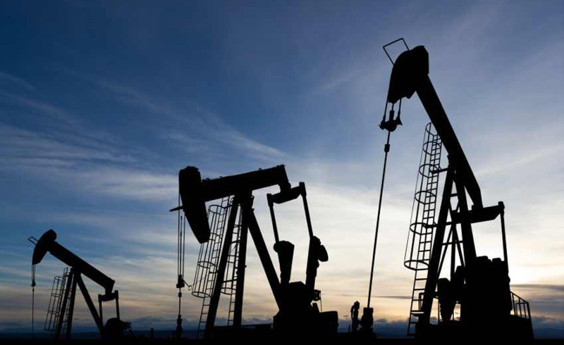 Kazakhstan reduces oil output