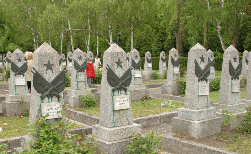 Kazakh diplomats to commemorate memory of Soviet soldiers in Prague