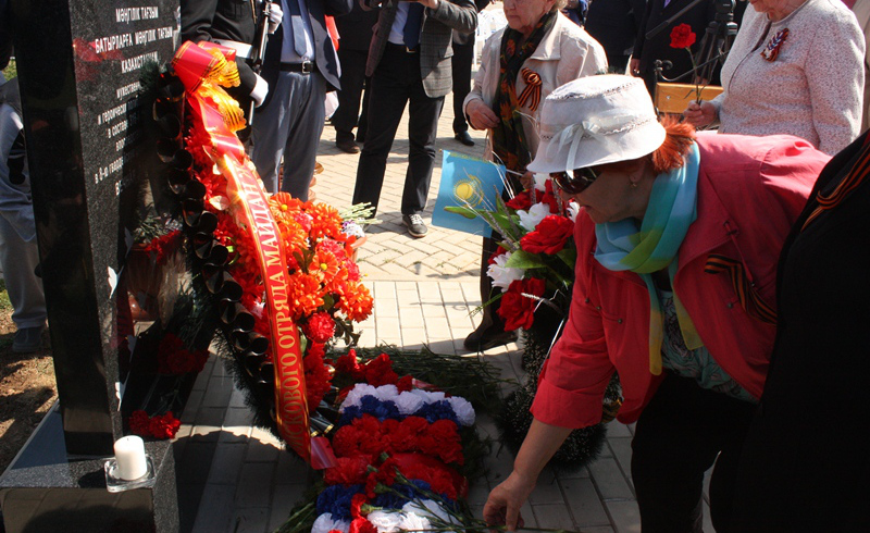 Kazakhstan erects monument to Panfilov Guards in Russia's Volokolamsk (PHOTO)