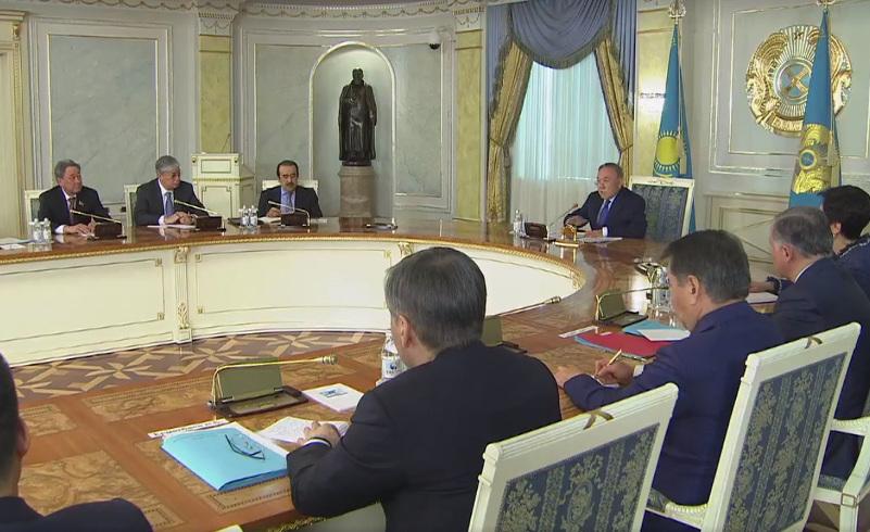 Біздің министрлер журналистерден қашқанда, алдына жан салмайды - Н.Назарбаев