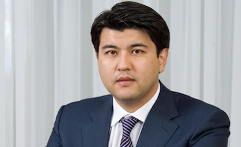 毕申姆巴耶夫出席亚洲基础设施投资银行首届理事会年会