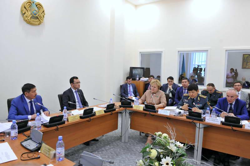 Гособоронзаказ в Казахстане будут размещать через операторов