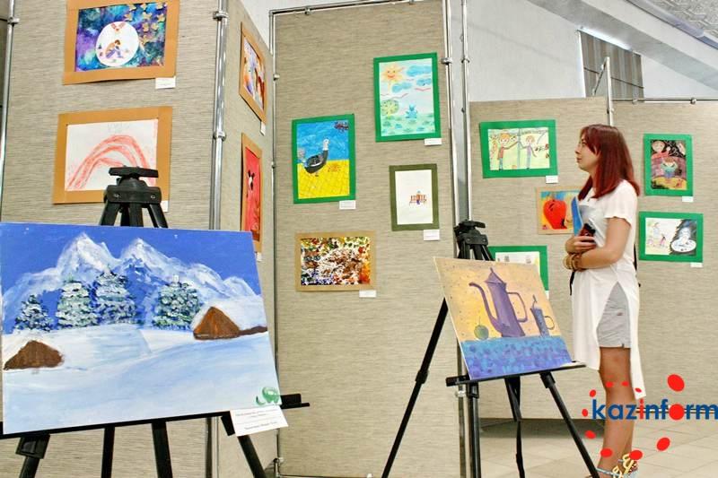 Более 120 работ представлено на выставке «Аутизм глазами детей» в Алматы (ФОТО)