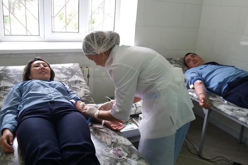 Сотрудники УИС в Павлодаре сдали кровь в помощь больным детям (ФОТО)