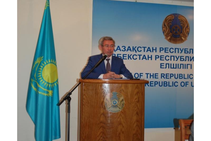 Kazakh ambassador in Uzbekistan holds press briefing in Tashkent