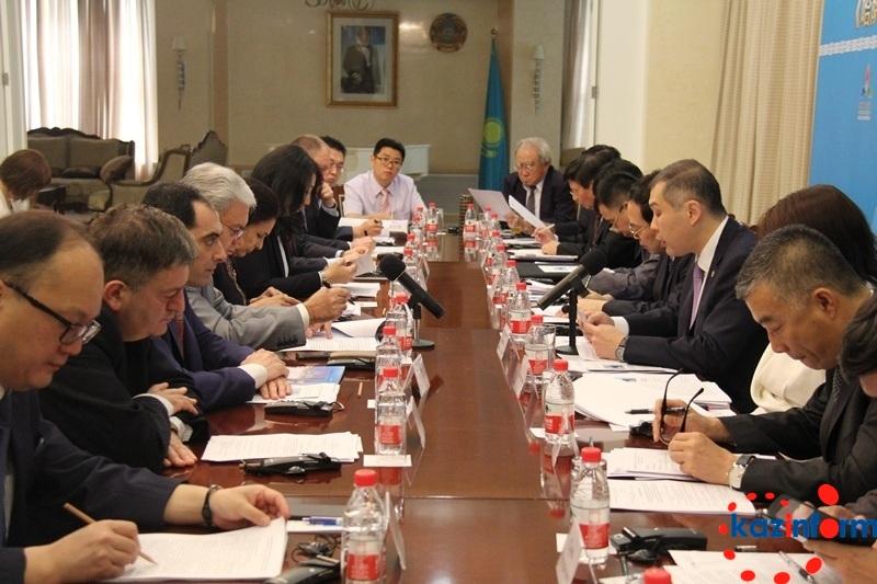 В Пекине обсудили международные инициативы Казахстана (ФОТО)