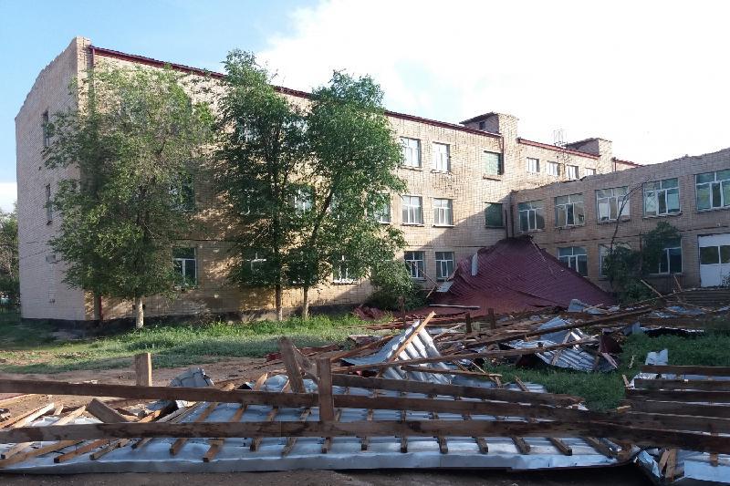 Деньги на ремонт пострадавшего от урагана жилья в Атырауской области  выделят из резервного фонда