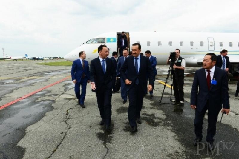 马西莫夫总理视察库斯塔奈州 了解当地经济社会发展现状(照片)